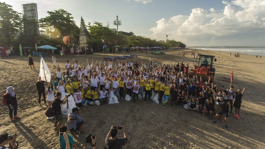 Bali's biggest beach clean